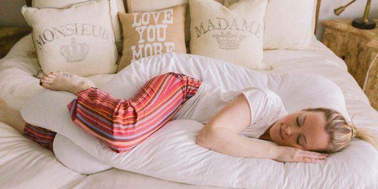 ორსულობის პერიოდში ძილის თავისებურობები და რჩევები