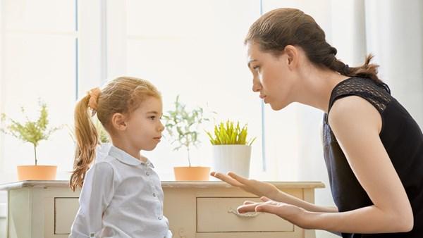 ფრაზები რომელიც ხშირად არ უნდა უთხრათ ბავშვს...თქვენი მოვალეობაა დაეხმაროთ მას ემოციების მართვაში