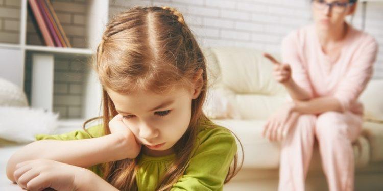 როგორ ამოვიცნოთ ტოქსიური მშობლები
