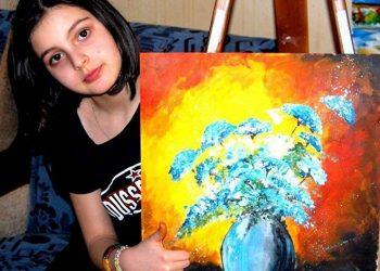 700-მდე ნახატის ავტორი 9 წლის ქართველი გოგონა, რომელსაც მეორე ელენე ახვლედიანს უწოდებენ